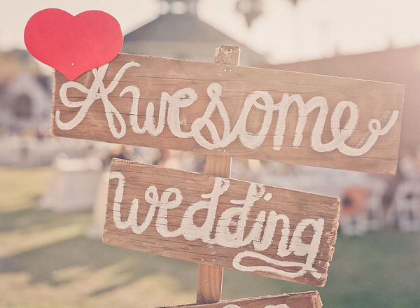 DIY Wedding Ideas Photo credit Style Me Pretty